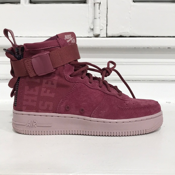Nike Women's SF Air Force 1 Mid in Vintage Wine NWT